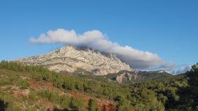 Montagne Sainte-Victoire - wapień halna grań w południe Francja zbiory