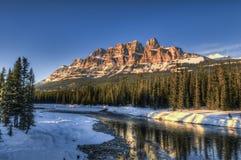 Montagne scénique de château photographie stock libre de droits