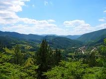 Montagne in Serbia, Mokra Gora, Drvengrad immagine stock