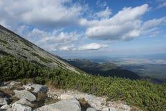 Montagne slovacche - alto fianco di una montagna di tatra Immagini Stock Libere da Diritti