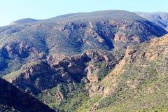 Montagne sopra le montagne Immagine Stock