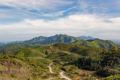 Montagne sotto foschia di mattina a Nern Chang Suek, cinghia pH Immagine Stock