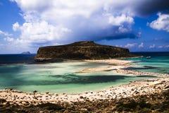 Montagne su una spiaggia Fotografie Stock Libere da Diritti