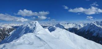 Montagne supérieure en hiver Images libres de droits