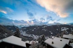 Montagne svizzere al crepuscolo Fotografia Stock