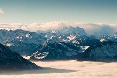 Montagne svizzere in inverno Immagine Stock Libera da Diritti