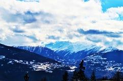 Montagne svizzere nell'inverno Immagini Stock