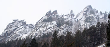 Montagne Takmak dans les piliers de Krasnoïarsk de réservation Images stock