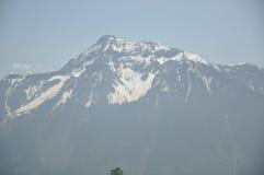 Montagne torreggianti di speranza Fotografie Stock Libere da Diritti