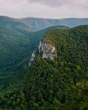 Montagne verte Photographie stock