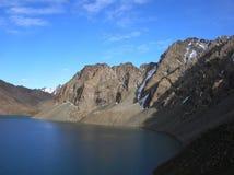 Montagnes asiatiques centrales de Tien Shan photo stock