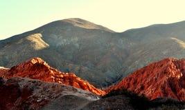 Montagnes au désert Photo stock