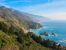 Montagnes au littoral Photos libres de droits