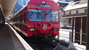Montagnes autour de bergun, switserland pris du Rhatische Bahn Photographie stock