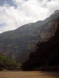 Montagnes autour de canyon de Sumidero Photographie stock libre de droits