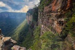 Montagnes bleues rentrées par paysage d'Australie photos libres de droits