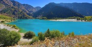 montagnes corses de montagne de lac de laque du creno de France de la Corse Images stock
