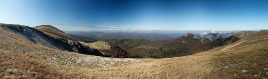 Montagnes criméennes ukrainiennes Images libres de droits
