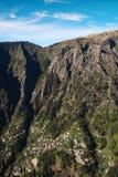 Montagnes d'île de la Madère, vallée des nonnes image stock