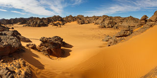 Montagnes d'Akakus (Acacus), Sahara, Libye Photographie stock