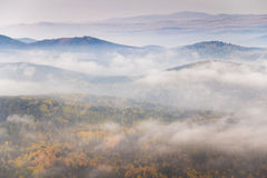 Montagnes d'Autumn In South Ural Photo stock