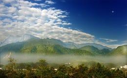 Montagnes d'Emei Photo stock