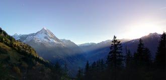 Montagnes d'Oberalpstock Image stock