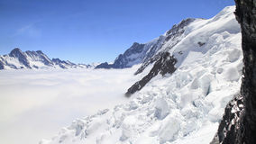 Montagnes dans Bernese Oberland, Suisse Photographie stock libre de droits