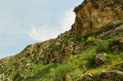 Montagnes dans Kadamzhay, Kirghizistan Images stock