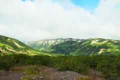 Montagnes dans le Kamtchatka Photographie stock libre de droits