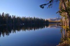 Montagnes dans le printemps Photographie stock