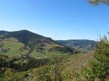Montagnes dans les Carpathiens Images libres de droits