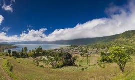 Montagnes dans les nuages Images libres de droits