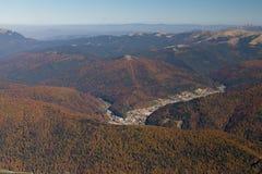 Montagnes de Bucegi pendant les saisons d'automne Photographie stock