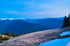 Montagnes de cascades dans la partie nord de l'Amérique Image stock