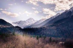Montagnes de Caucase en automne photo libre de droits