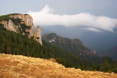Montagnes de Ceahlau en Roumanie Images libres de droits