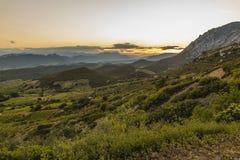 Montagnes de Corbieres, Frances Image stock