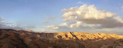 Montagnes de désert de Judea, Israël Photographie stock