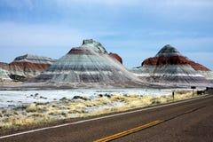 montagnes de désert peintes images libres de droits