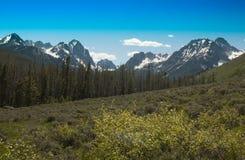 Montagnes de dent de scie Photographie stock libre de droits
