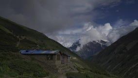 Montagnes de l'Himalaya, Népal Crête d'Annapurna Timelapse clips vidéos