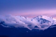 montagnes de la Corse neigeuses Photographie stock
