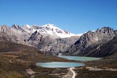 Montagnes de la neige du Thibet Photos stock