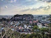 Montagnes de marbre au coucher du soleil, Da Nang, Vietnam photographie stock libre de droits
