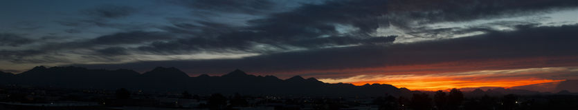 Montagnes de McDowell de lever de soleil de panorama de l'Arizona Image libre de droits