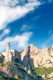 Montagnes de Montserrat et nuages, Catalogne, Espagne Image stock