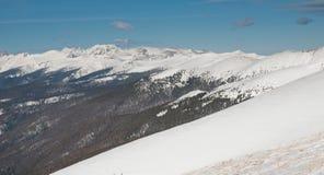 Montagnes de neige images stock