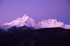 Montagnes de neige de Meili Image libre de droits