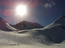 Montagnes de paysage d'hiver Photographie stock libre de droits